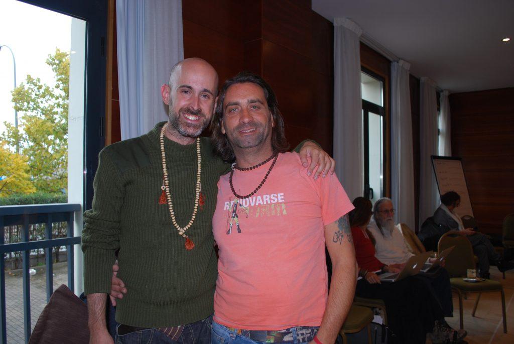 Jhebara Das con Diego Montenegro en la Formación de Gongs de Don Conreaux