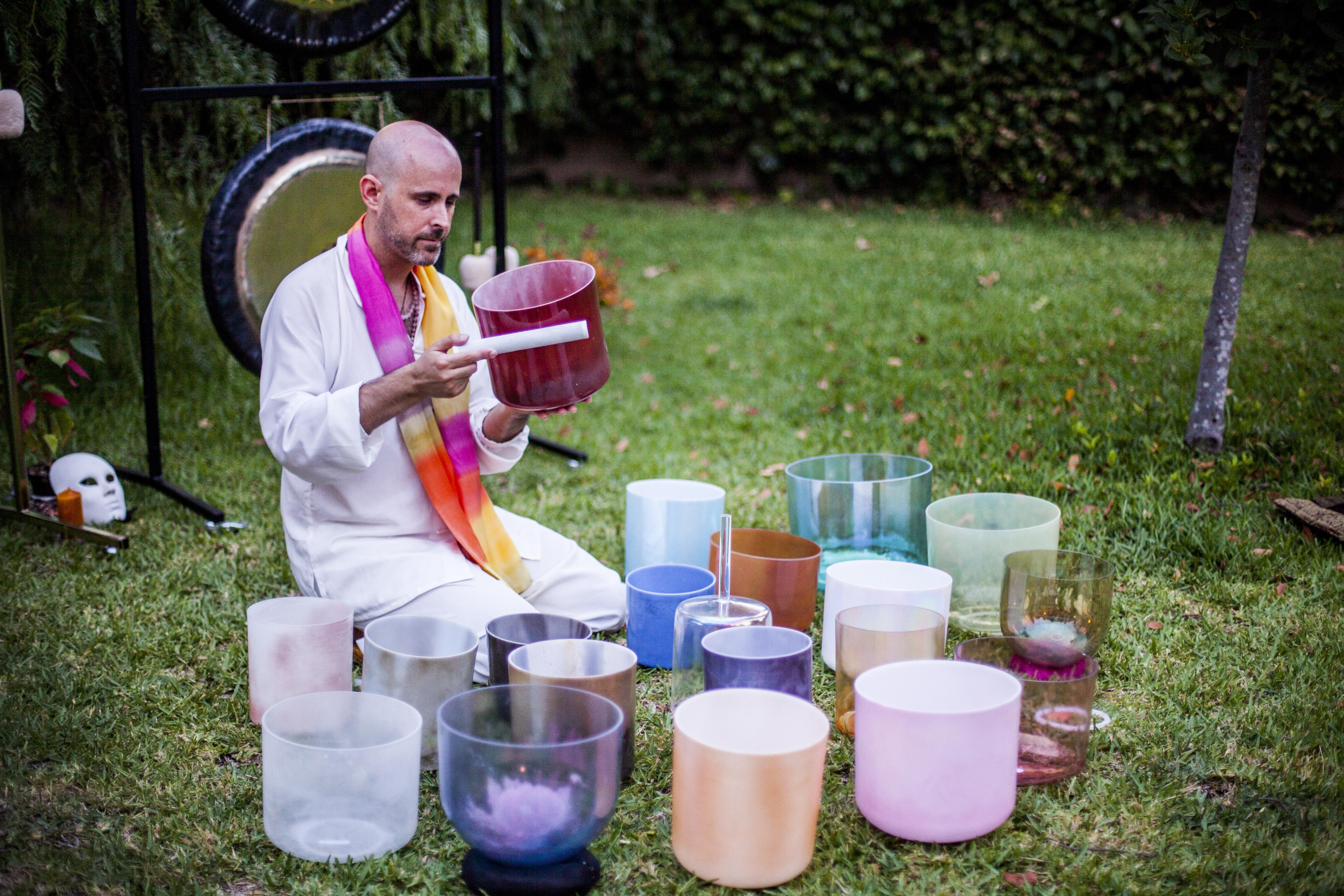 Jhebara Das con Cuenco Alquímico Crystal Tones