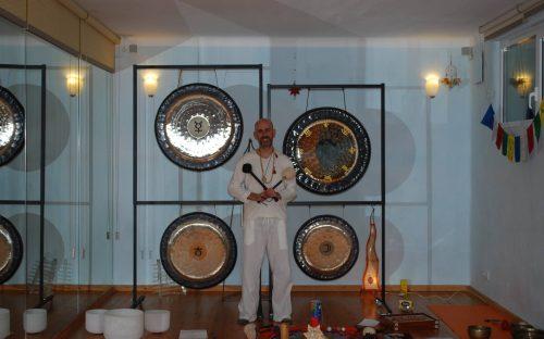 Baños de gong con Jhebara Das